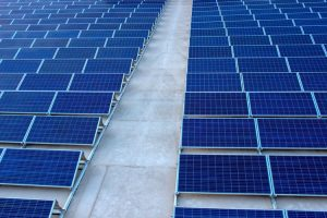 Automated Solar Arrays Improve Solar Power Technology